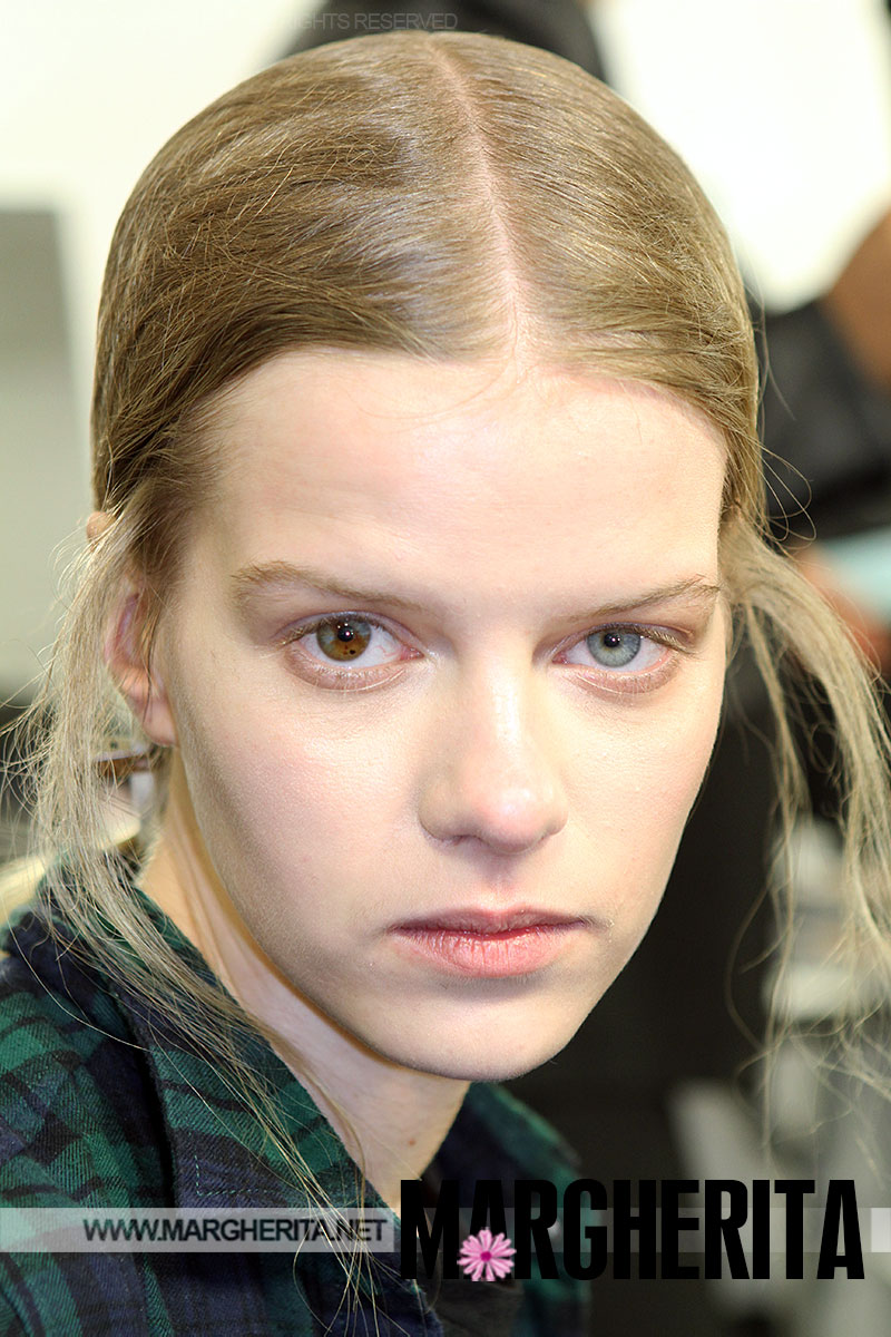 Kadri vahersalu la modella con gli occhi di due colori - Colore degli occhi diversi ...