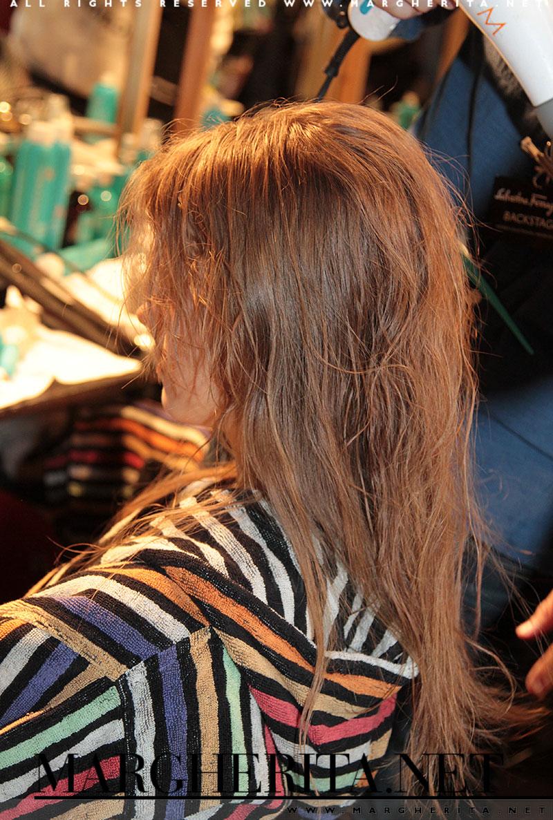 Tendenza capelli 2016: capelli lunghi e sciolti. Hair: Anthony Turner@Moroccanoil, photo: Charlotte Mesman
