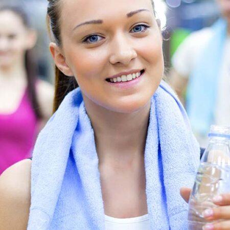 Allenare gli addominali e tonificare i muscoli. I consigli del personal trainer