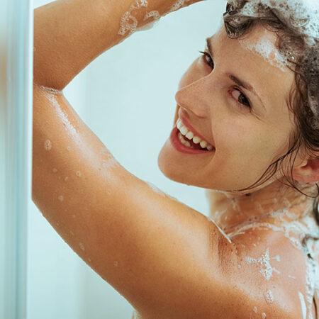 Sai come mantenere il colore dei tuoi capelli dopo averli tinti? I consigli degli esperti.