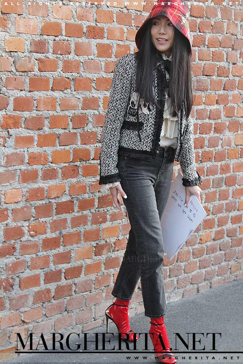 Streetstyle: quando Cappuccetto Rosso incontra Chanel