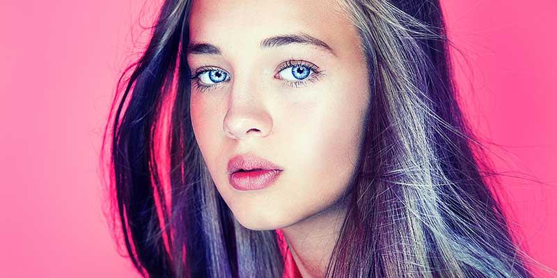 Le responsabilità di televisione, riviste e social media nell'ipersessualizzazione delle ragazze adolescenti