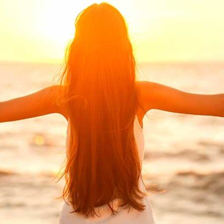 La pelle e l'estate. Come proteggerci da disidratazione e radiazioni solari