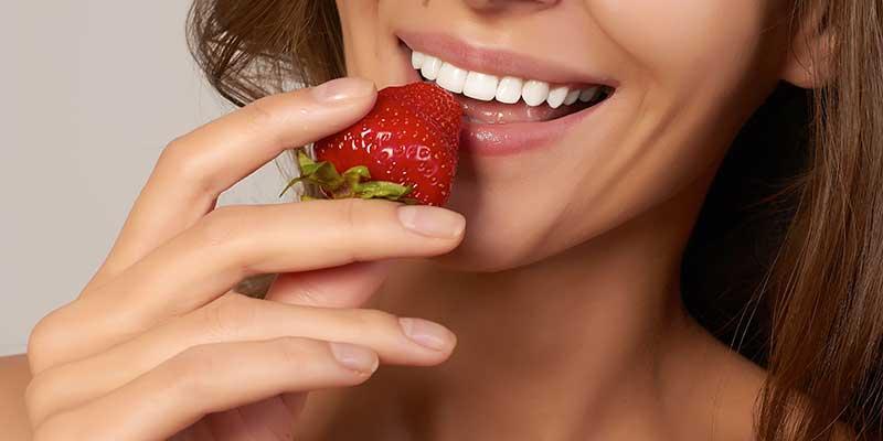 Come ottenere un sorriso perfetto? Risponde lo specialista in Odontoiatria Estetica