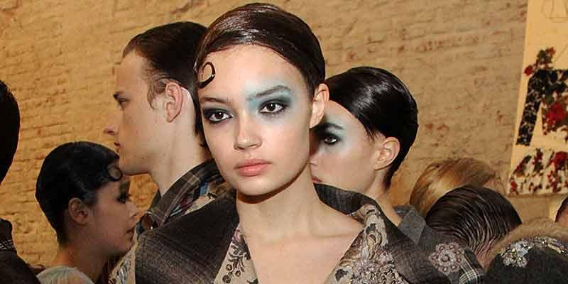 Make-up blu