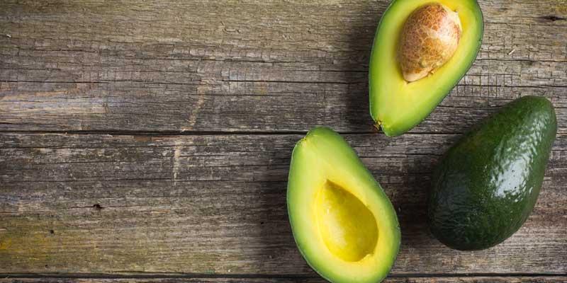 Avocado. Le ricette, i benefici e i suoi usi. Quello stupendo avocado!
