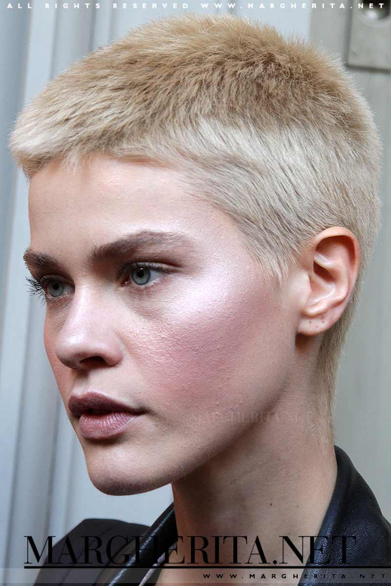 idee capelli corti  tendenze tagli capelli donna