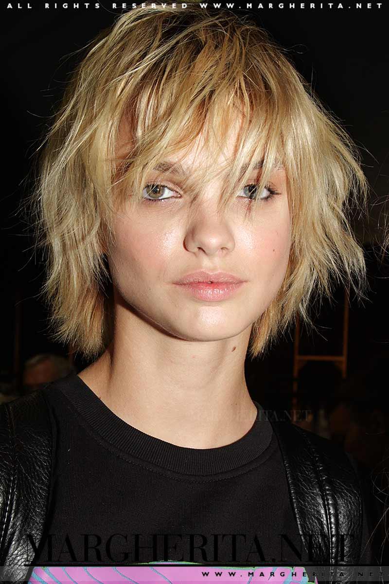 Foto tagli capelli medi - Idee per tagli capelli media lunghezza Backstage Francesco Scognamiglio, foto Charlotte Mesman