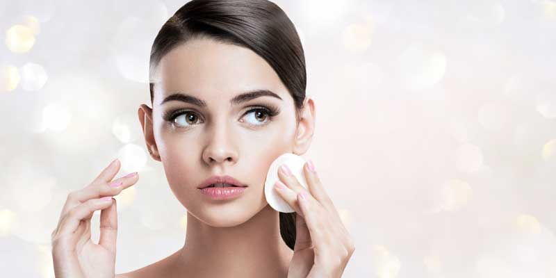Idratazione della pelle durante i mesi invernali. Perché, e come. I consigli della dermatologa