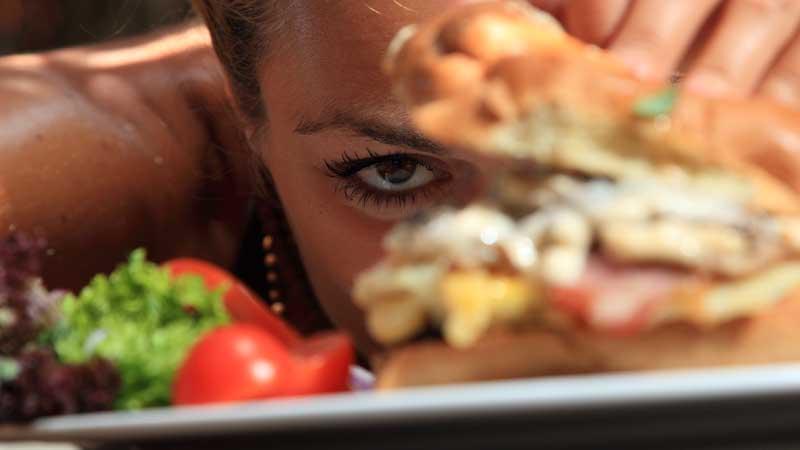 Il supporto psicologico alla dieta dimagrante. Quando l'aiuto di un (serio) esperto diventa importante