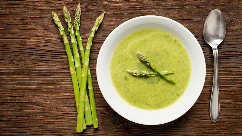 Crema agli asparagi. Le ricette per la Pasqua