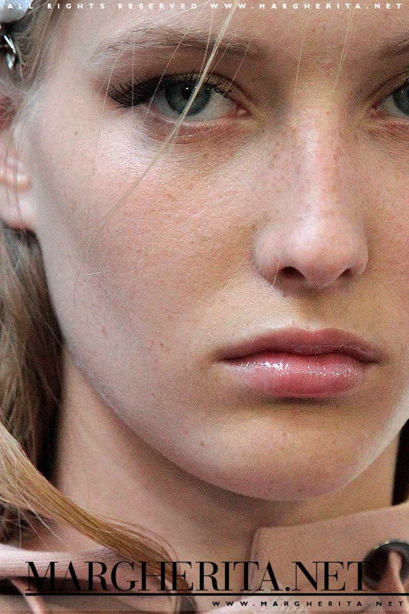 Make-up. Pelle da passerella