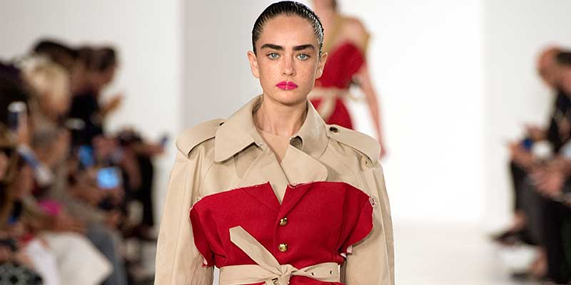 Tendenze moda primavera estate 2018. Il trench coat. Maison Margiela PE 2018, ,photo: courtesy of MM