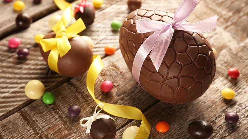 Come faccio l'uovo di Pasqua? - La ricetta per fare l'uovo di Pasqua in casa
