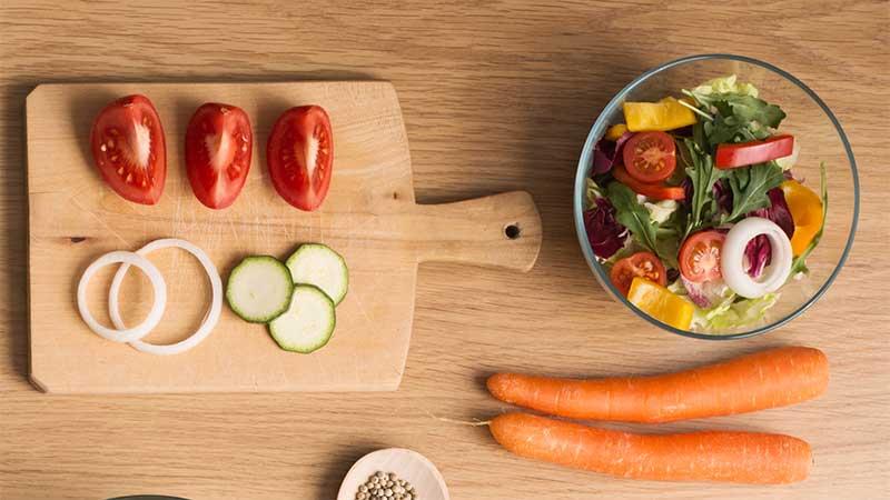 Dieta ed attività fisica. I consigli del nutrizionista per rimettersi in forma in maniera sana (e duratura)