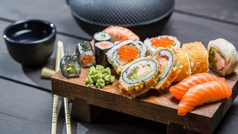 Il sushi è social. Perché?