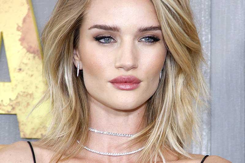 Tendenze tagli capelli 2018. Taglio bob morbido, Rosie Huntington