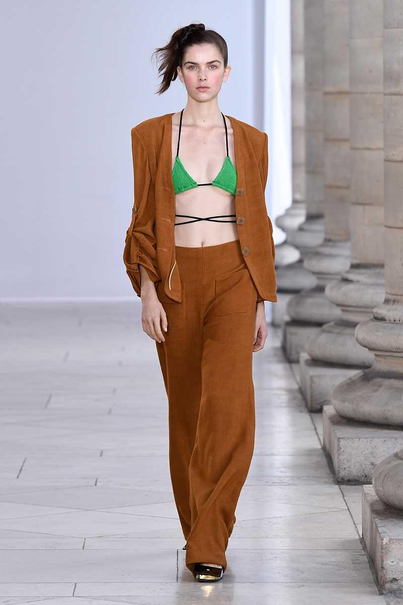 Tendenze moda 2018. Il tailleur pantalone