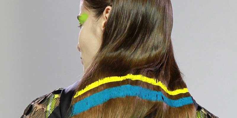 Tendenze capelli 2018. Capelli dipinti a mano da Byblos