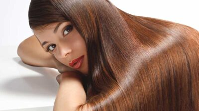 Cadono i capelli ma non è una cosa grave :-) Quando la caduta dei capelli è normale (o quasi)