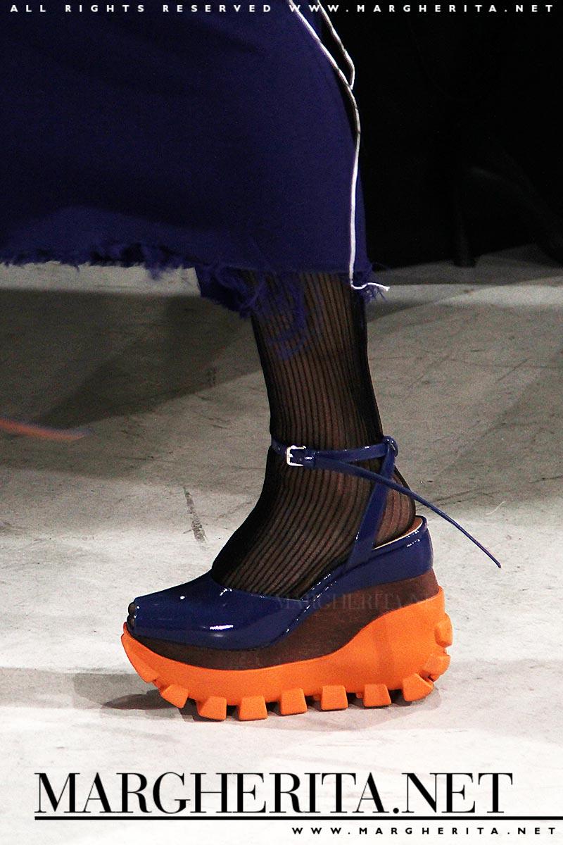 official photos f1ef7 939aa Moda accessori borse e scarpe autunno inverno 2018 2019. La ...