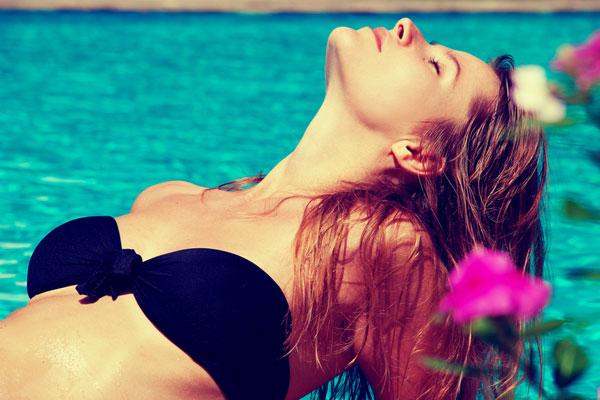 Capelli sani e lucidi, anche in estate