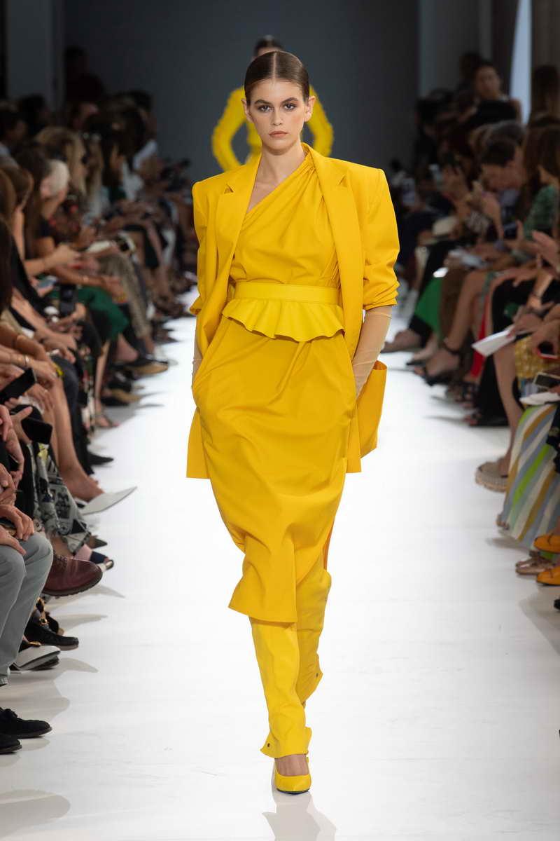 8a085ba78ecf La nuova moda primavera estate 2019 Donna - Tendenze moda donna ...