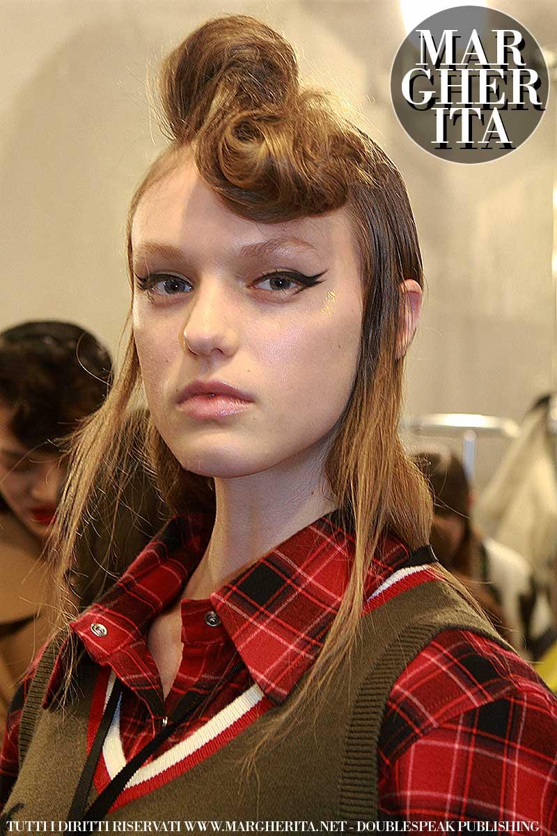 Tendenze capelli 2018. Acconciature retro