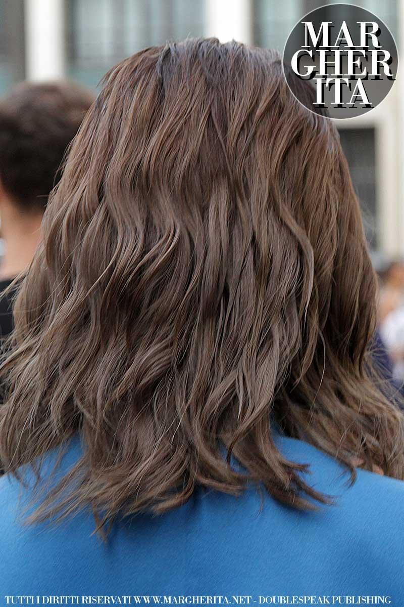 Tagli di capelli, acconciature capelli e tendenze colore capelli
