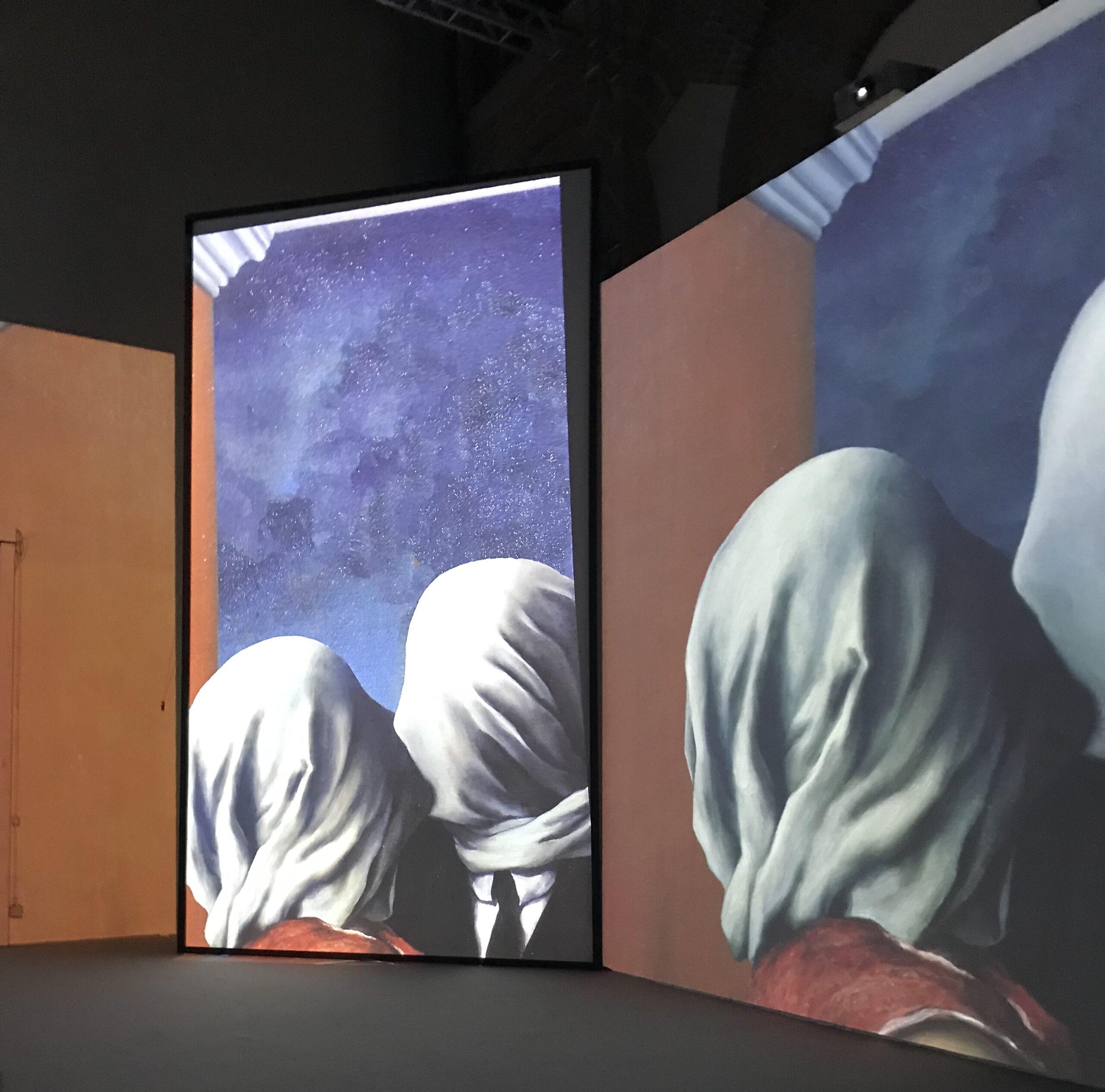 Magritte - Gli amanti - 1928 - Foto di Costanza Cristianini - Fabbrica del Vapore, esposizione 'Inside Magritte'