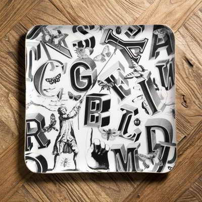 Vassoio letters in alluminio - 39,00 euro - www.cargomilano.it