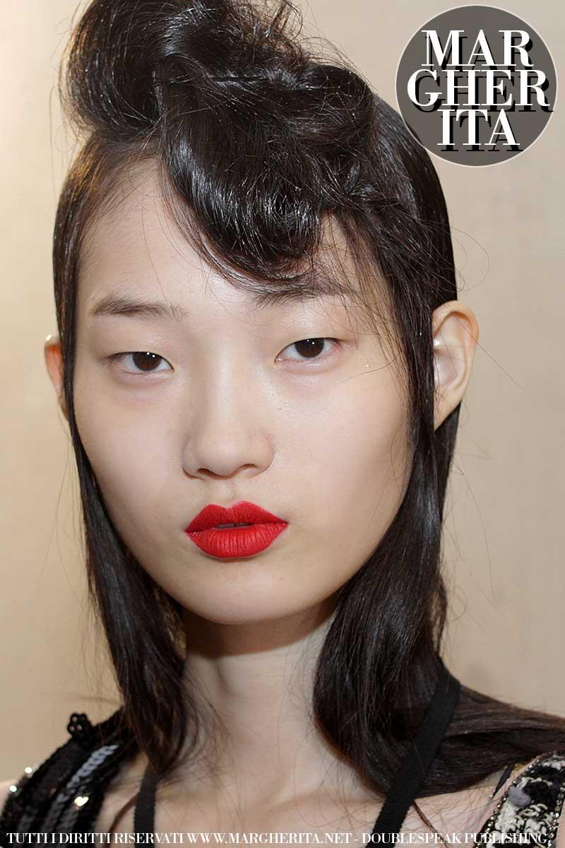 Sfilata: N21 AI 2018 2019, trucco: Tom Pecheux per M.A.C. Cosmetics