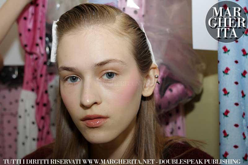 Makeup tips: ravvivate il colorito del viso con un fard fucsia!
