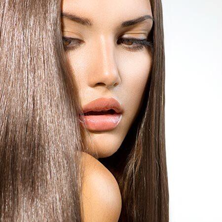 9 cose da evitare se avete capelli grassi. Consigli di bellezza