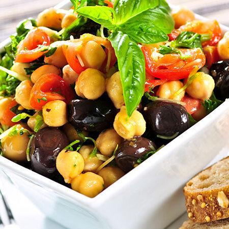 Tra diete e mode alimentari vince sempre la dieta mediterranea, la dieta che il mondo ci invidia.