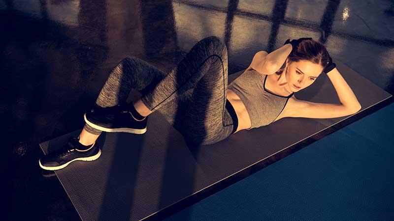 Come dimagrire con esercizio aerobico e pesi leggeri
