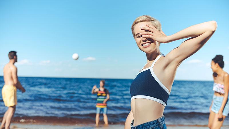 Prendere il sole fa bene o fa male?