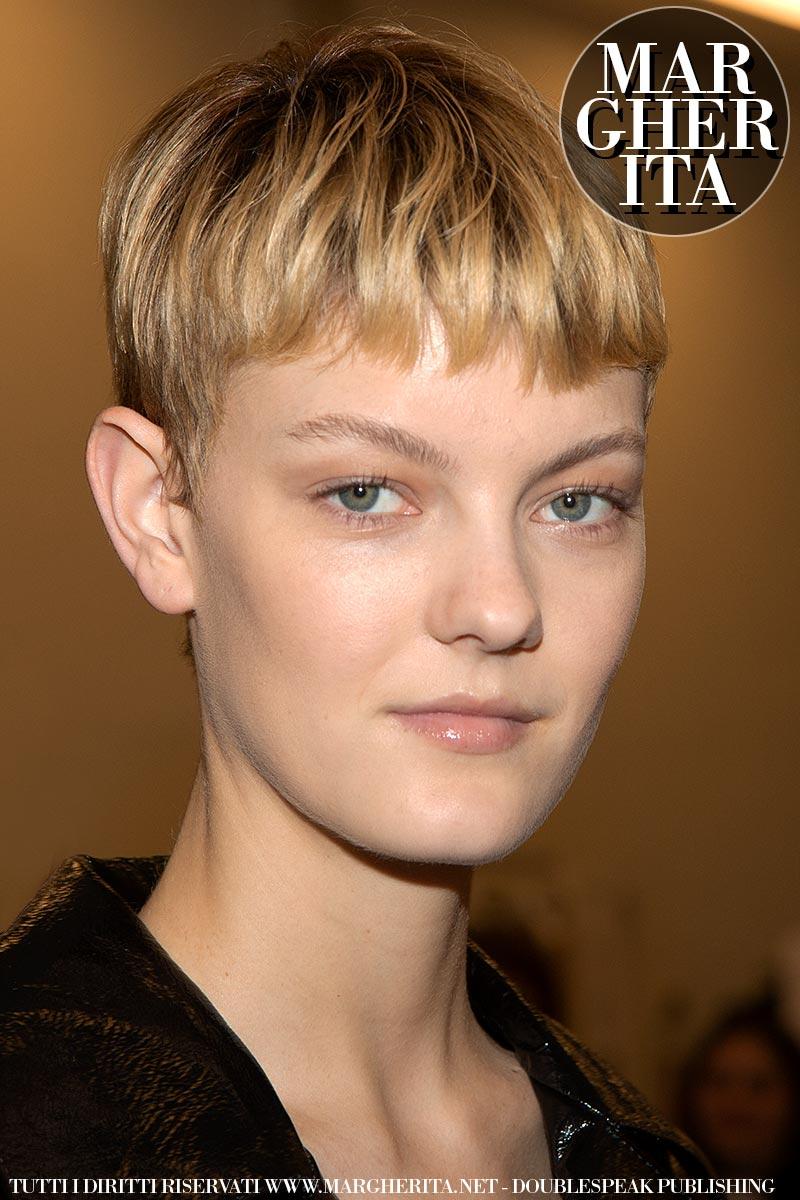 Taglio per capelli. Taglio a scodella 2020