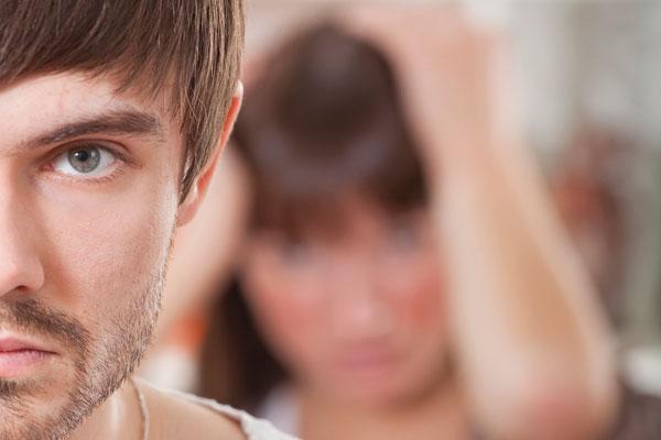 I 5 segnali che ti dicono se (forse) lui ha una relazione con un'altra
