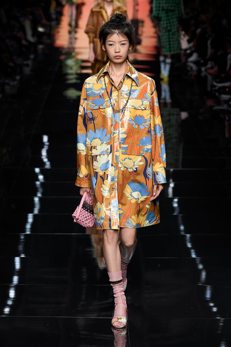 Moda primavera estate 2020. Fendi