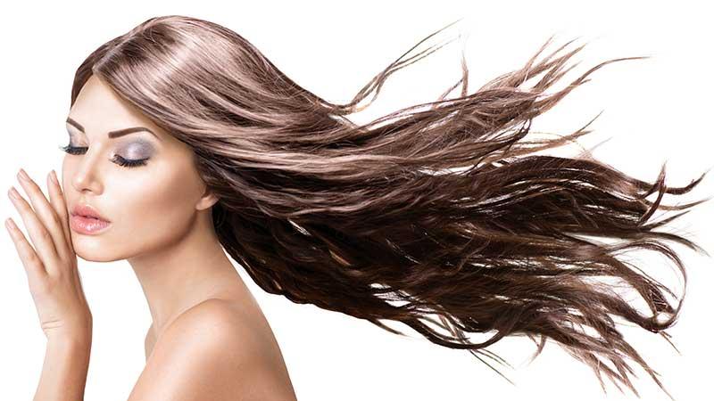 Come far crescere i capelli più velocemente? I consigli per accelerare la crescita dei capelli
