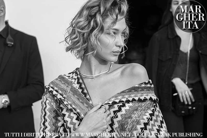 Foto tagli capelli corti donna estate 2020 - Backstage Missoni Foto Charlotte Mesman