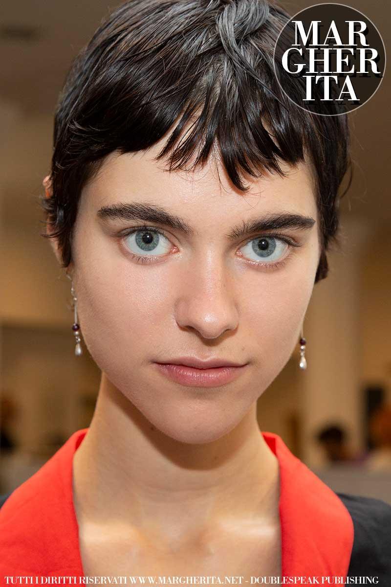 I nuovi tagli di capelli corti donna per la primavera estate 2020. Mullet e basette lunghe per lei!