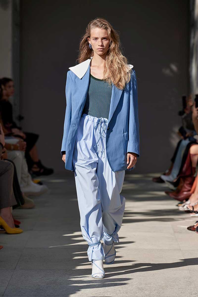 Tendenze moda pantaloni donna primavera estate 2020: Sfilata Salvatore Ferragamo