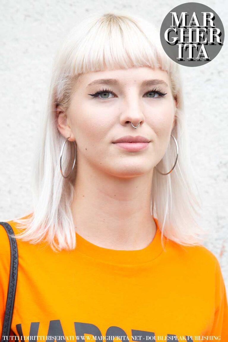 Tendenze capelli donna primavera 2020. Biondo platino ...
