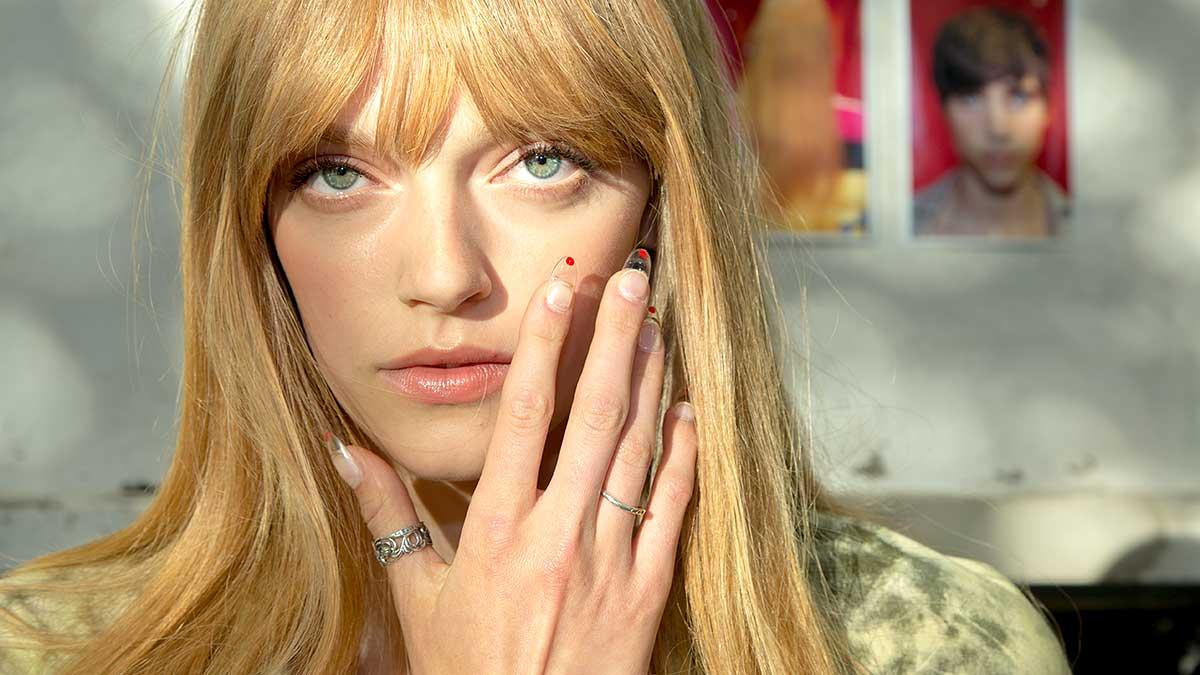 Tendenze unghie e nail art primavera estate 2020. Da dove arrivano le ispirazioni? Foto: Charlotte Mesman