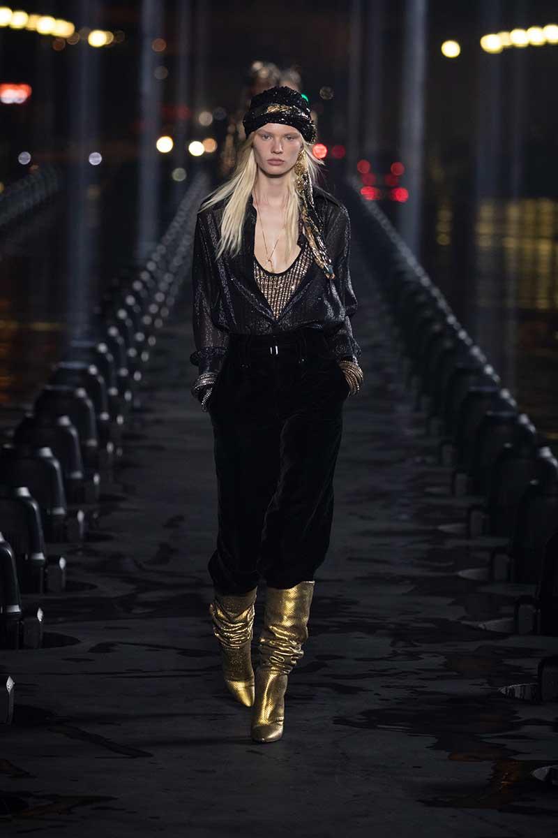 Accessori moda donna primavera estate 2020. Sfilata: Saint Laurent Estate 2020