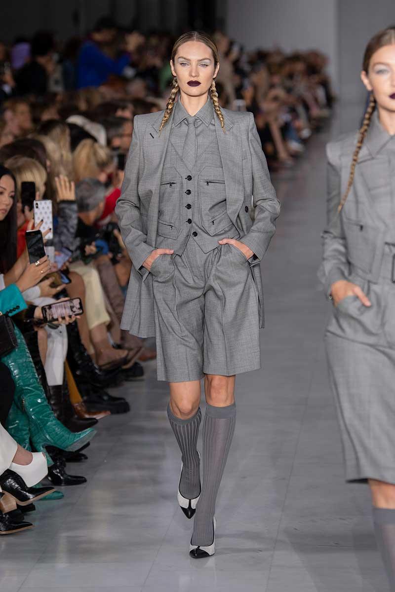La moda primavera estate 2020. Lo conoscete lo short suit? Tendenze moda donna 2020. Foto: Max Mara