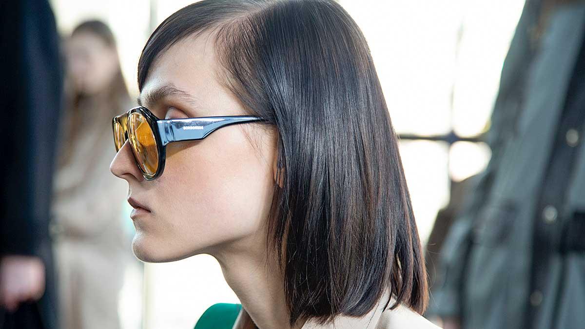 Tendenze capelli inverno 2020 2021. Tagli di capelli bob stile anni '70. Sfilata: Borbonese. Foto: Charlotte Mesman