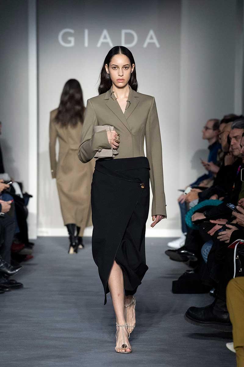 Tendenze moda autunno inverno 2020 2021. I nuovi colori di moda. Sfilata Giada. Photo: courtesy of Giada